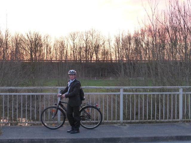 2014 03 31 Wilhelmshaven biking at sunset